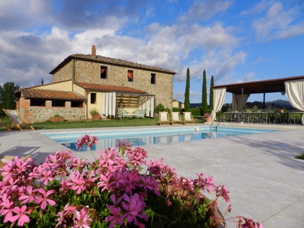 Villa Felce -Private villa with pool; sleeping 22+2