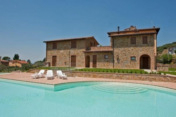 Borgo sul Lago (Apartments near the lake)