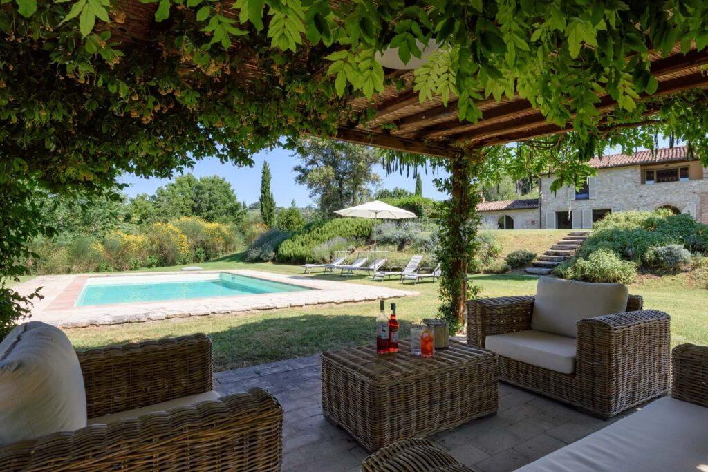 ANGOLO DI PARADISO (Villa with private pool, 5 bedrooms, 5 bathrooms)